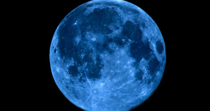 blue moon october