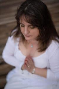 Psychic Reader Regina Kaiser
